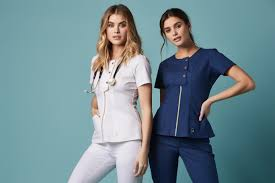 Why Are Nursing Scrubs Becoming Fashionable?