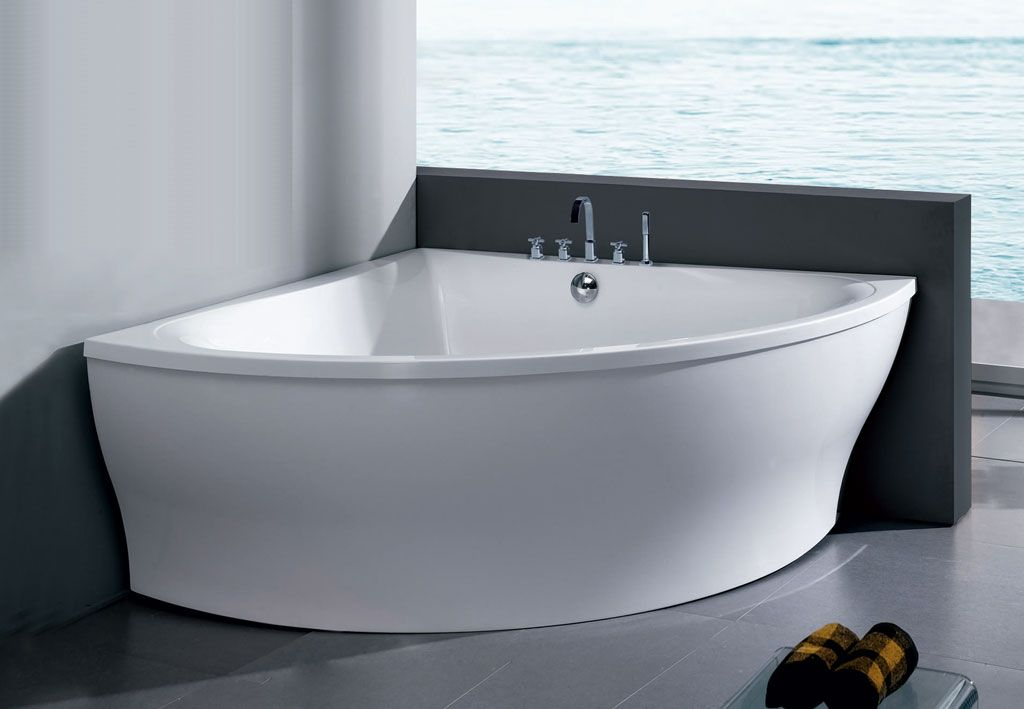 Top Five Reasons Why Getting a Freestanding Corner Bathtub is a Good Idea